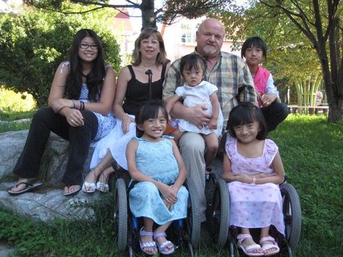 This picture of the Wyse family is included courtesy of the Agape Family Life House website agapeflh.org.